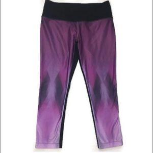 MPG Black & Purple Pattern Workout Capris - Sz M